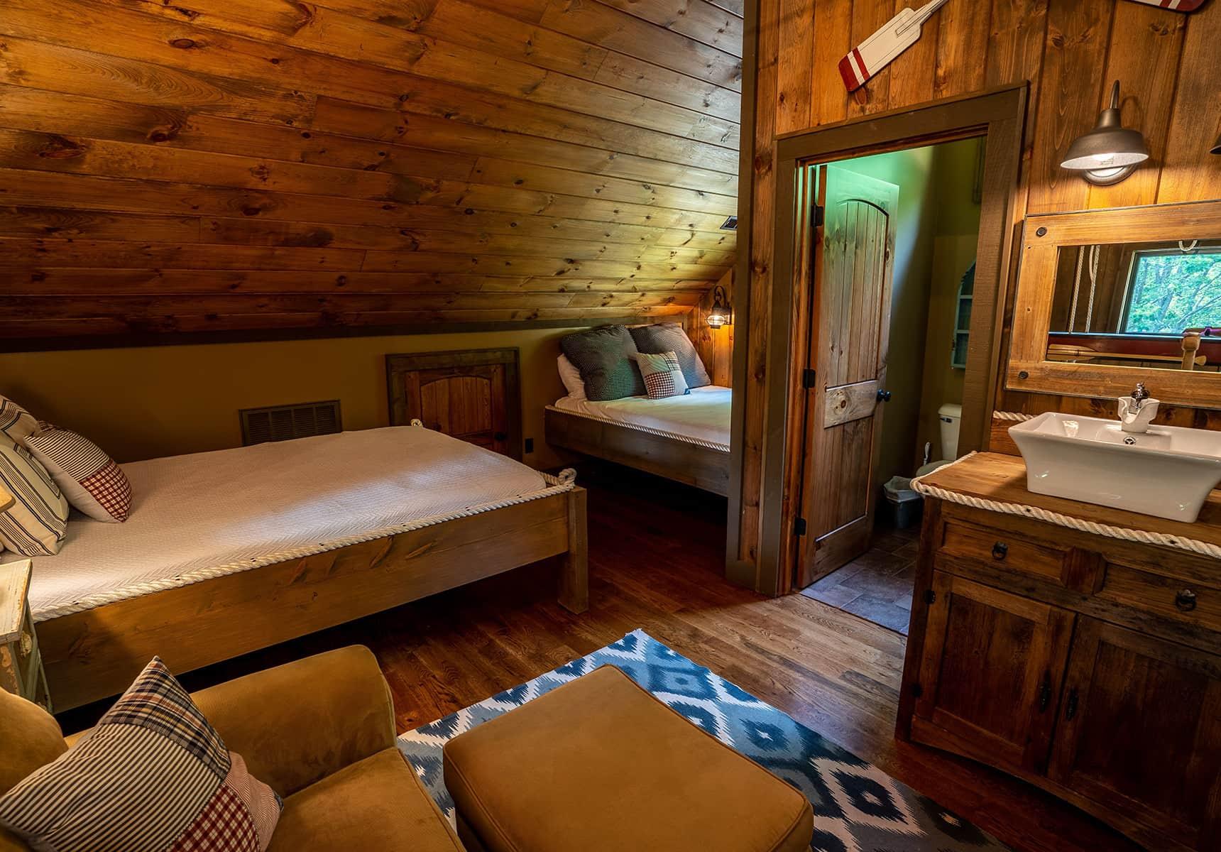 Boathouse loft - Monroe County Vacation Rentals
